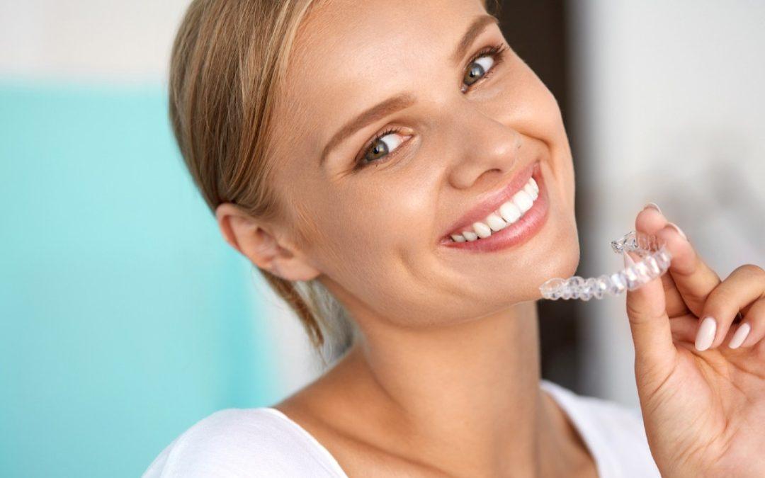 ¿Por qué elegir la ortodoncia invisible para corregir tu sonrisa?