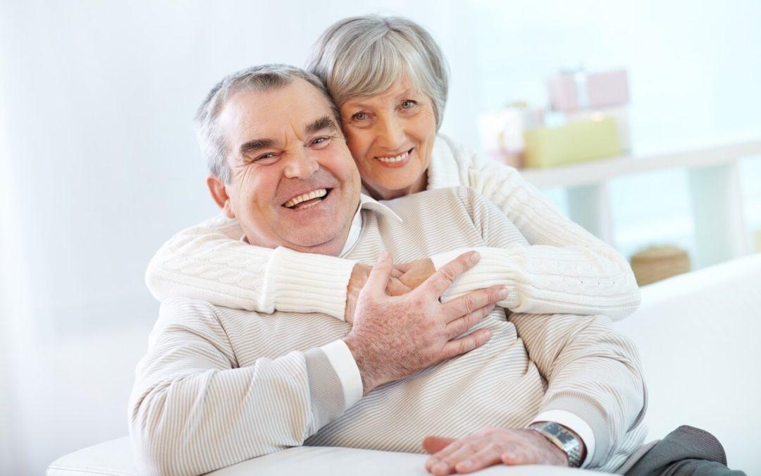 Implantes dentales en personas mayores: ¿es posible?